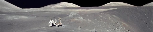 cropped-apollo17_panorama.jpg