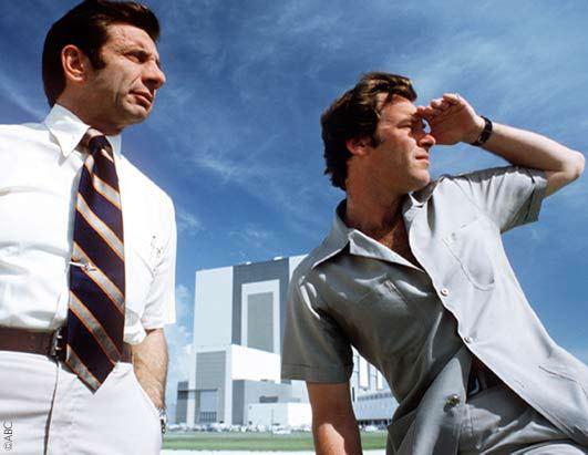 Jules Bergman and Peter Jennings at ASTP launch in 1975.