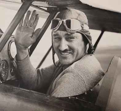 Bert Acost ain 1927.